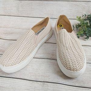 Steve Madden Beige Platform Slip on Shoes Woven  9